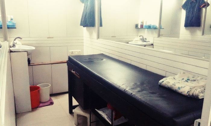 Toppers Salon And Spa Mumbai