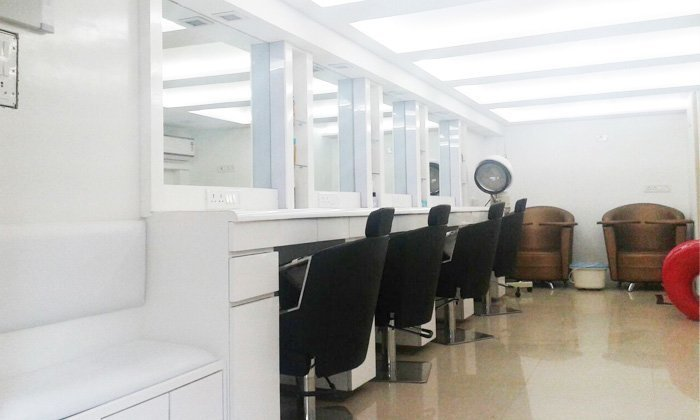 Lash Bar Check Nail Station Check Sephora S New Store: Tress & Beyond Spa And Salon Andheri West, Special Offers