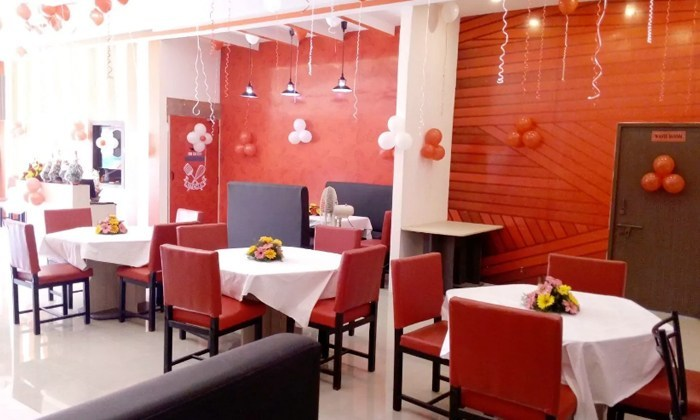 Discount red onions family restaurant kukatpally