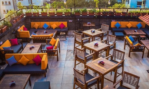 40% Discount Pizzarito pizza Surat / Vadodara -Buy 1 get 1 BOGO offer also available, The Cooking Culture, Off SG Highway, Ahmedabad on UNLIMITED Lunch / Brunch Food and drinks offer and deal.
