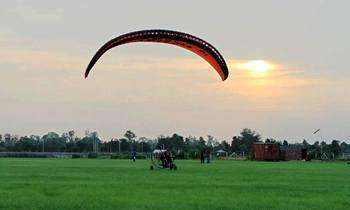 Choice of Discounts on Paramotoring Sessions